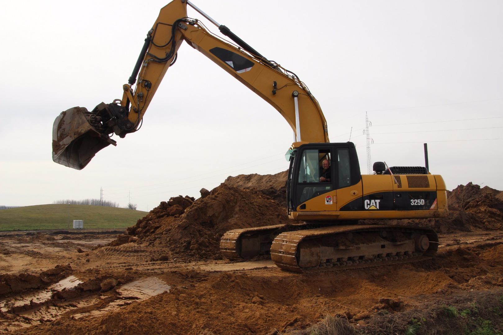 Jord, kloak, beton & belægning HM A/S har 45 års erfaring med kerneområderne jordarbejde, byggemodning, kloak, beton og belægning. Vi er klar til små og store opgaver, alene eller sammen med andre og vi leverer kvalitetsarbejde til aftalt tid.